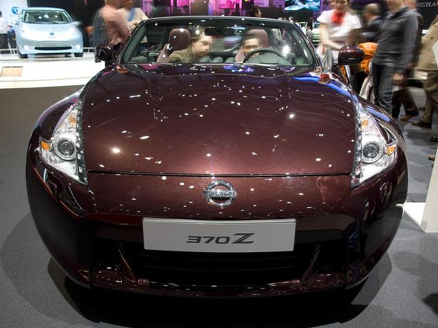 Nissan 370Z Roadster - 3.7 Pack