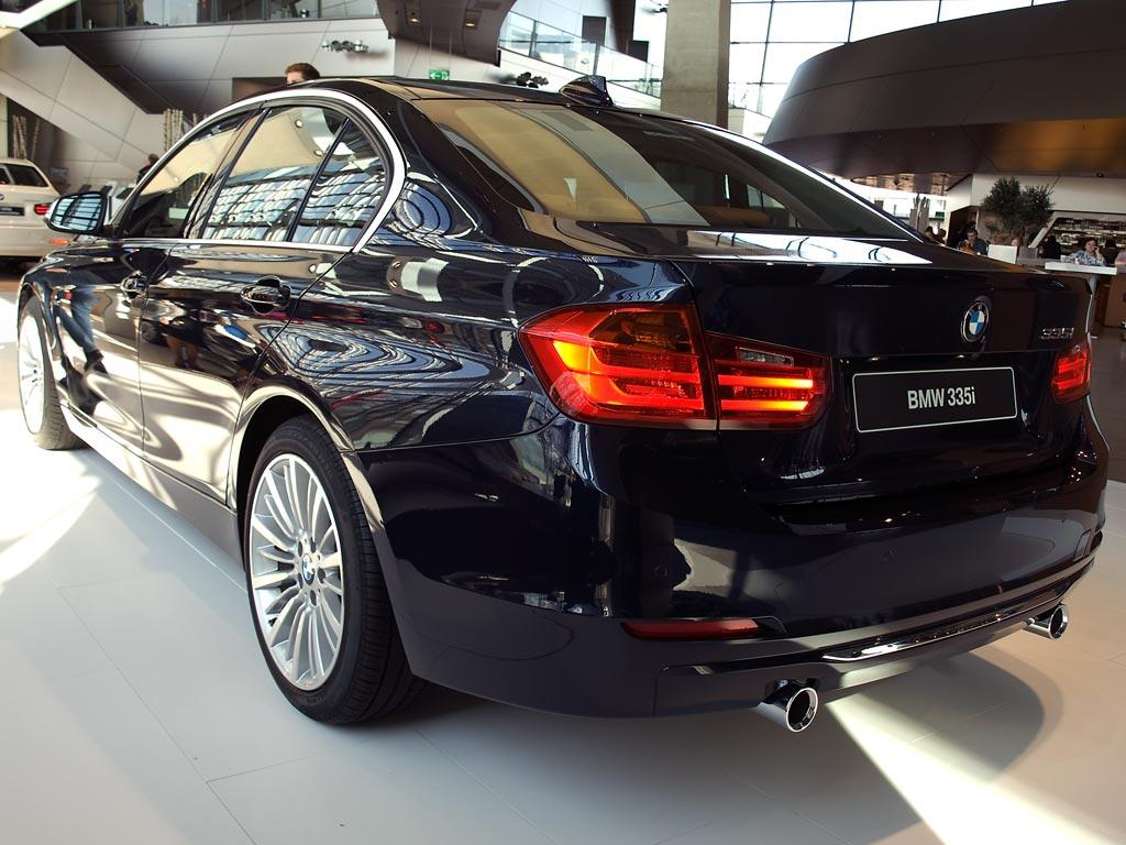 bmw 3er limousine 320d xdrive luxury line automatik. Black Bedroom Furniture Sets. Home Design Ideas