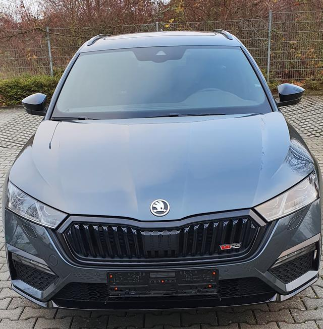 Skoda Octavia Combi RS - 2,0TDI SCR 147kW/ 200PS 4x4 DSG, MATRIX LED, el. Heckklappe, Sunset, KESSY FULL, CLIMATRONIC, virtuelles Cockpit, DAB, PDC v h, Rückfahrkamera, neues Modell Bestellfahrzeug frei konfigurierbar