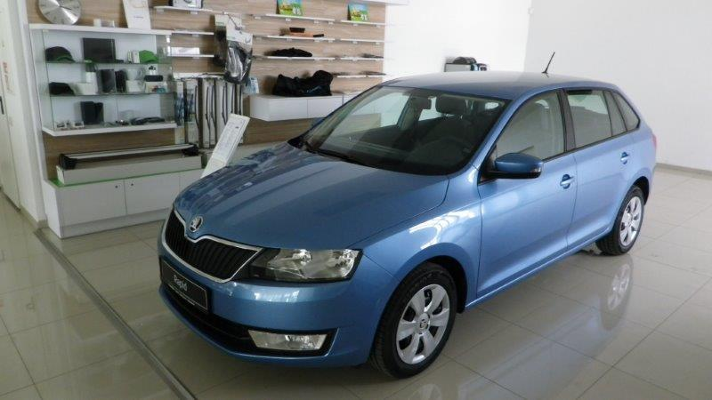 skoda rapid spaceback ambition plus 1 2tsi 66kw 90ps 5 gang neuwagen vertrieb rhein main. Black Bedroom Furniture Sets. Home Design Ideas