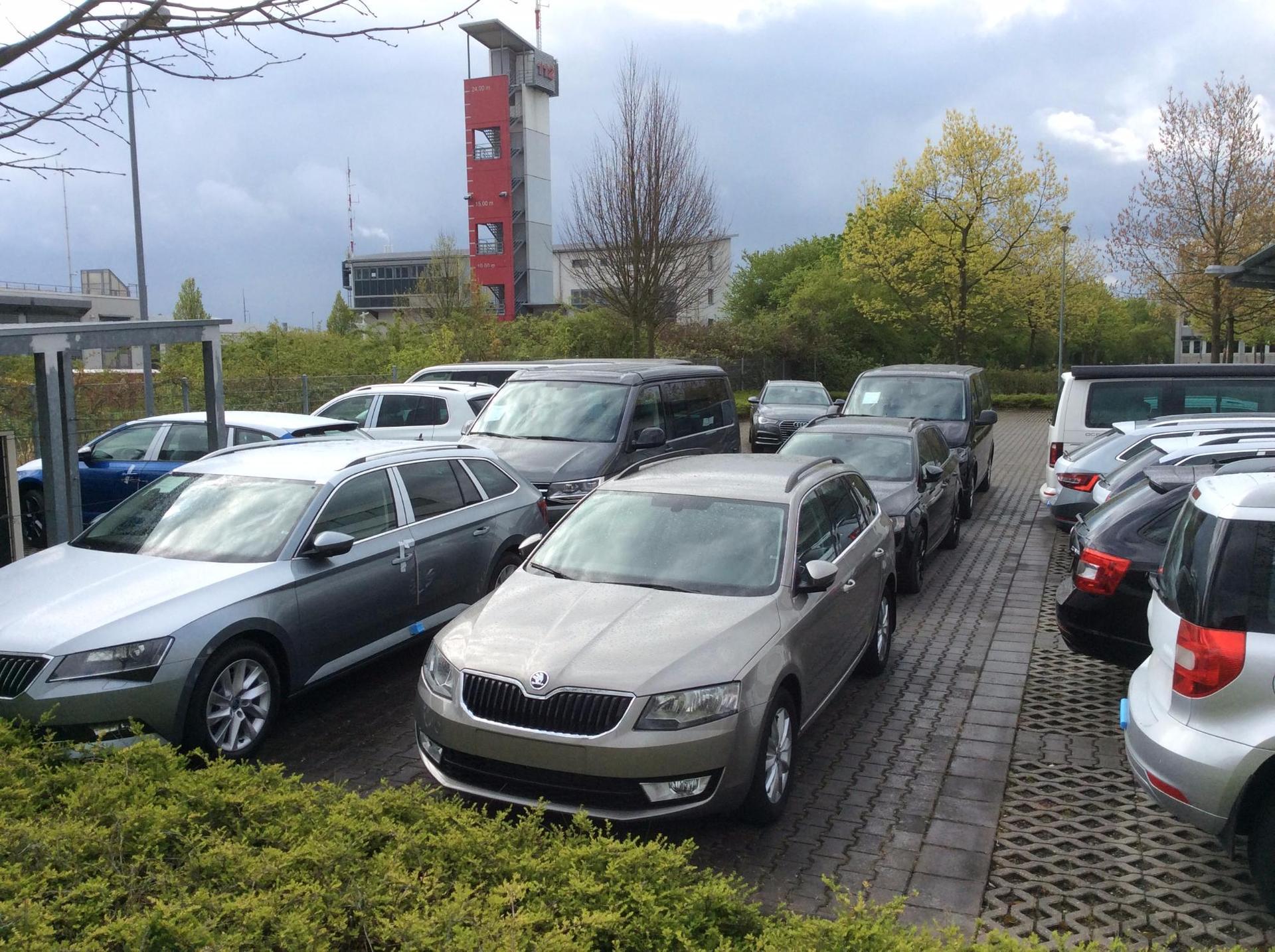 Skoda Bestellfahrzeuge  -- Bei uns mit 4 Jahren Werksgarantie!