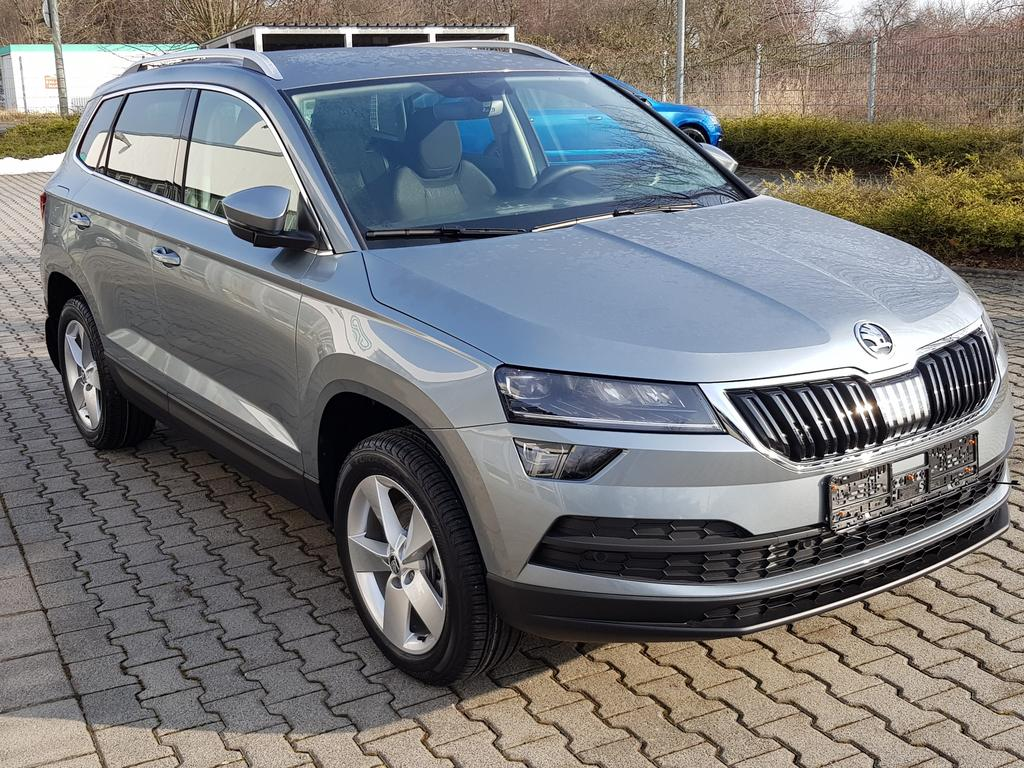 skoda karoq style 1 5 tsi 110 kw 150 ps dsg 7 gang eu. Black Bedroom Furniture Sets. Home Design Ideas