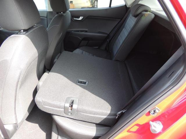 Kia Stonic 1.2 CVVT Vision Navi, Rückfahrkamera, Klimaautomatik, 15'' Alu