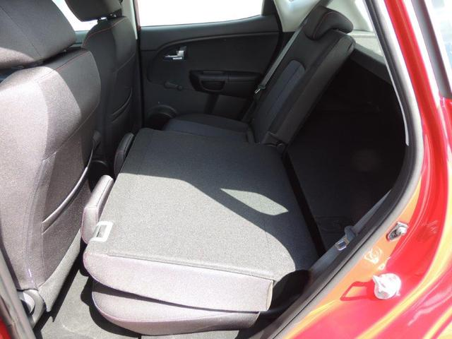 Kia Venga 1.6 CVVT Cool AT Anhängerkupplung, Klima, Lederlenkrad, ZV m. Fernbed.