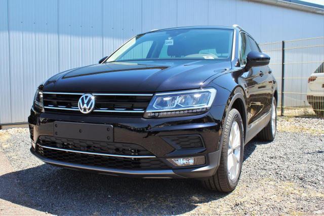 Volkswagen Tiguan - 2.0 TSI Highline 4Motion DSG Anhängerkupplung, Navi, DAB, Rückfahrkamera, Easy Open, 18'' Alu