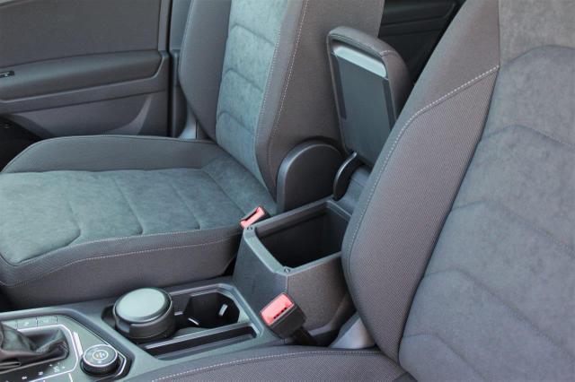 Volkswagen Tiguan 2.0 TSI Comfortline 4Motion DSG Anhängerkupplung, Navi, Rückfahrkamera, Park Assist, Sitzheiz., 17'' Alu