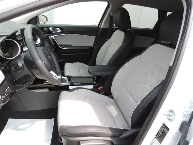 Kia Ceed Sportswagon 1.4 CVVT Spirit 2019, Anhängerkupplung, Navi, elektr. Heckklappe, Rückfahrk., 17'' Alu, Sitzh.