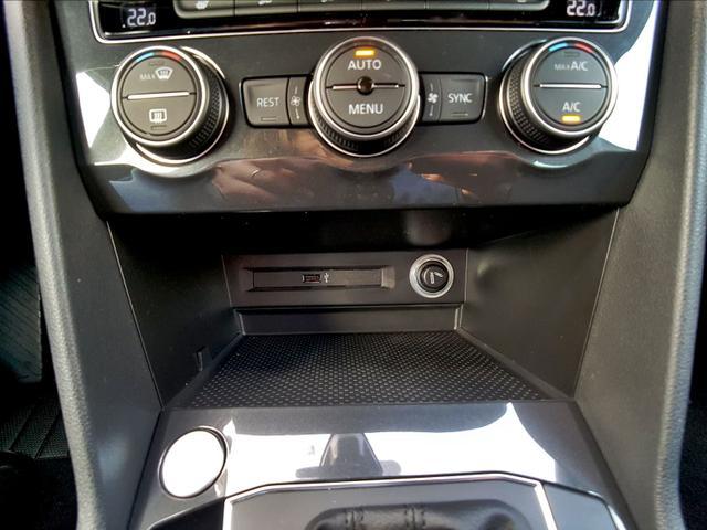 Volkswagen / Tiguan /  /  /  /