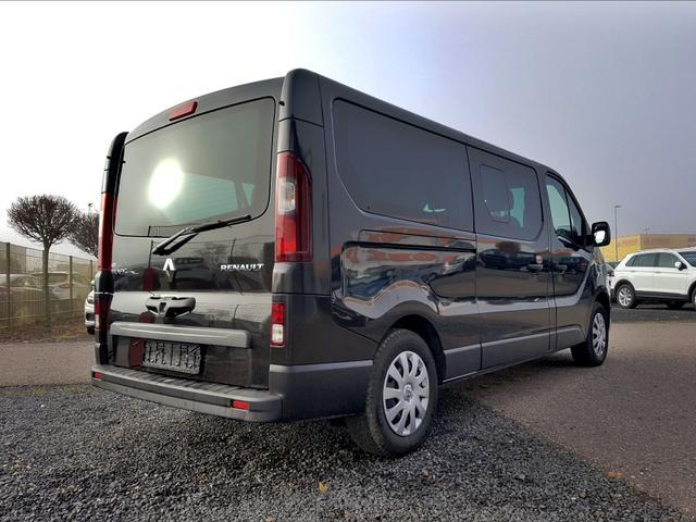 Renault / Trafic / Schwarz /  /  /