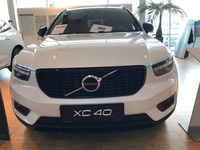 Volvo XC40 - R-Design D3 150PS Aut. 8 2020
