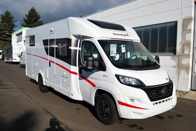 SUNLIGHT Reisemobile Teilintegrierter T 67 inkl. 7 Jahre Dichtigkeitsgarantie, gr. Kühlschrank, 140 PS uvm.