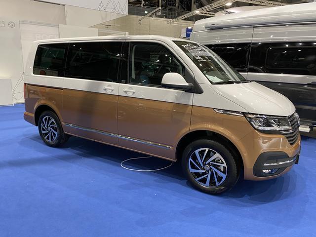 Volkswagen T6.1 Multivan Comfortline Radstand: 3.400 - incl. Leichtmetallfelgen, Climatic, Multifunktionsanzeige, uvm.
