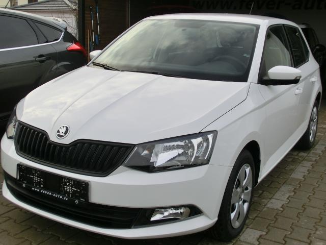 skoda fabia iii limousine 2018 active sofort nsw lederlenkrad reserve bordcomputer fever auto gmbh. Black Bedroom Furniture Sets. Home Design Ideas