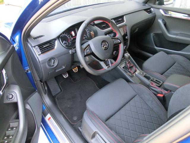 Skoda Octavia III RS! Combi 2018 RS 6Gang SOFORT Kessy Navi ...