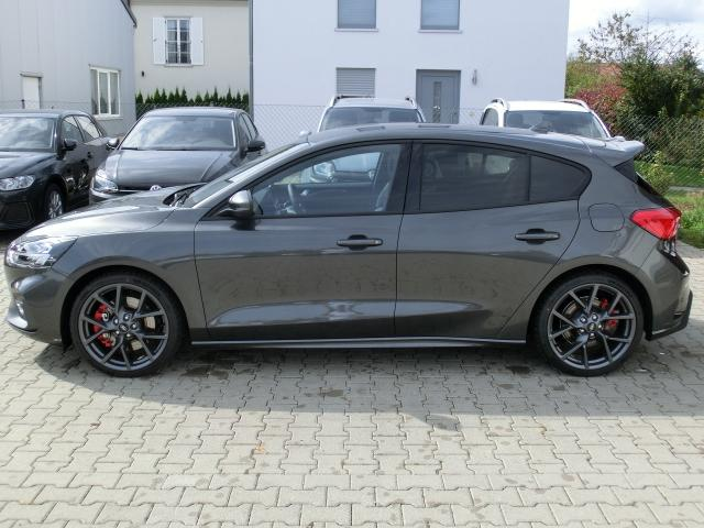 Ford Focus 5trg 2019 ST mit Styling-Paket Performance-Paket