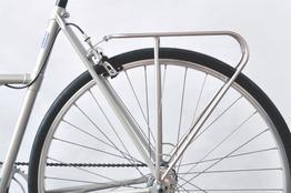 Klassischer Fahrradgepäckträger für Hinterrad