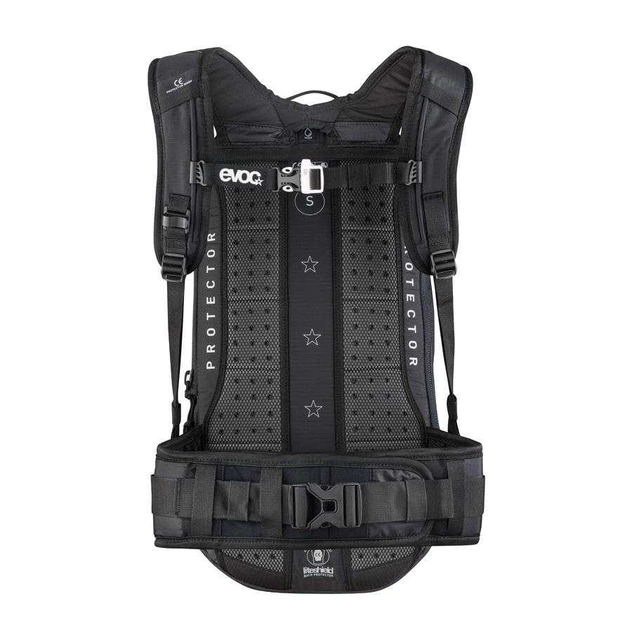 evoc rucks cke protector backpack serie fr enduro 16 liter gr e s bei finest bikes in. Black Bedroom Furniture Sets. Home Design Ideas