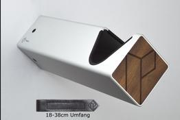 Parax Wandhalter silber, lang mit schwarzem Kantenschutz und Holzfront