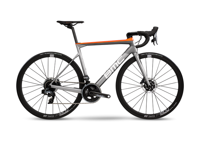 BMC Teammachine SLR02 Disc ONE mit der neuen SRAM Force eTAP AXS™ Gruppe