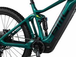 E-Bike-spezifisches Advanced Pivot System (APS)  Ein effizientes, widerstandsfähiges Federungssystem, perfekt abgestimmt auf das Fahren mit Unterstützung. Verbindet den Krafteinsatz des Fahrers harmonisch mit dem Antrieb des Bikes., Beispielbilder, ggf. teilweise mit Sonderausstattung