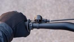 Spurcycle Compact Bell schwarz - Montagebeispiele