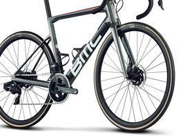 Steifer, comfortabler, aerodynamischer, schneller., Beispielbilder, ggf. teilweise mit Sonderausstattung