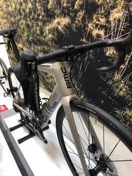 BMC Teammachine SLR TWO - Rennrad - Modelljahr 2021, Beispielbilder, ggf. teilweise mit Sonderausstattung