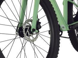BMC BLAST 24 - KONTROLLE UND SICHERHEIT Hydraulische Bremsen und grossvolumige Reifen sorgen bei geringem Rollwiderstand für beste Kontrolle und maximale Sicherheit auf nahezu jedem Untergrund.