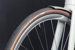 Continental Grand-Prix Urban Reifen mit schwarzem Reflexstreifen, Beispielbilder, ggf. teilweise mit Sonderausstattung