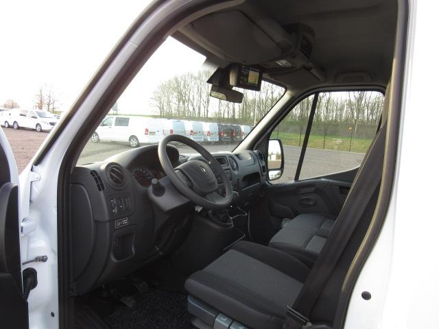 Renault Master 2.3 dCi 165PS L4H1 4,5t Klimaautomatik Navi Sitzheizung