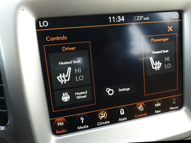 Jeep Compass 1.4 MultiAir 140PS Longitude Klimaautomatik Navi Kamera Keyless Winterpaket