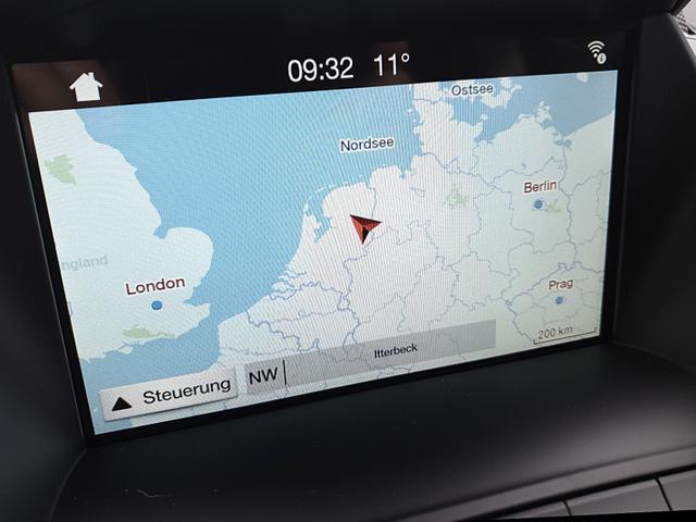 Ford Kuga 1.5 120PS EcoBoost ST-Line Klimaautomatik el.Heckklappe Sitzheizung Lenkradheizung Navi PDC v+h Rückf.Kamera 18''LM