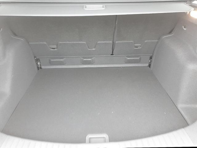 Ford Kuga 1.5 120PS EcoBoost ST-Line Klimaautomatik Xenon Sitzheizung Lenkradheizung Navi 19''LM elekt.PanoramaGlasdach Rückf.Kamera