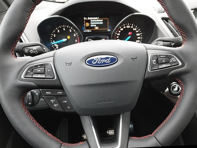 Ford Kuga 1.5 150PS EcoBoost ST-Line Klimaautomatik Winterpaket-Extra Navi Sitzheizung Lenkrad beheizbar 19''LM elekt.Heckklappe Rückf.Kamera elekt.PanoGlasdach