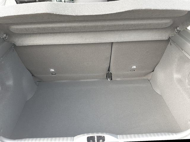 Citroën C3 1.2 83PS Shine AirBump 5-Türig Klimaautomatik Navi 17''LM PDC Rückf.Kamera