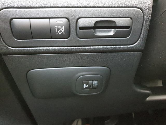 Citroën C3 Aircross SUV 1.2 83PS Shine Klimaautomatik Navi 16''LM PDC Nebelsch.