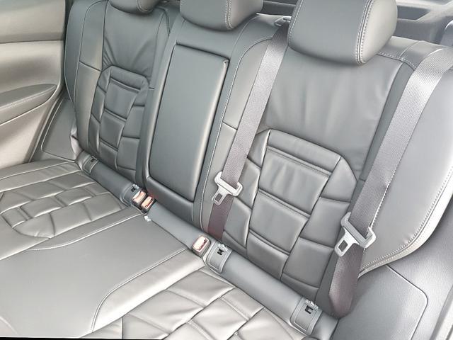 Nissan Qashqai 1.3 DIG-T 140PS Tekna Plus Leder Voll-LED Sitzheizung 19''LM Navi Kamera 360°