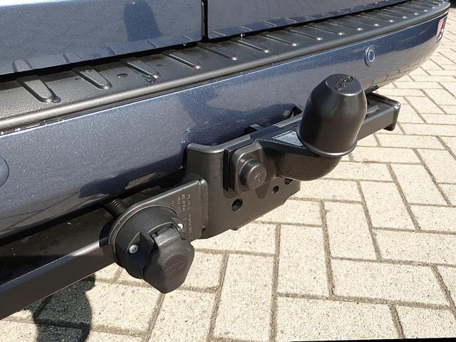 Ford Transit Custom L2 2.0TDCi 130PS Automatik Trend 3,0t 3-Sitzer Klima Sitzheizung AHK Rückf.Kamera Ford-Navi SYNC 3 DAB+ Bluetooth 8''-Touchscreen Apple Carplay Android Auto PDC v+h Frontscheibe beheizb.