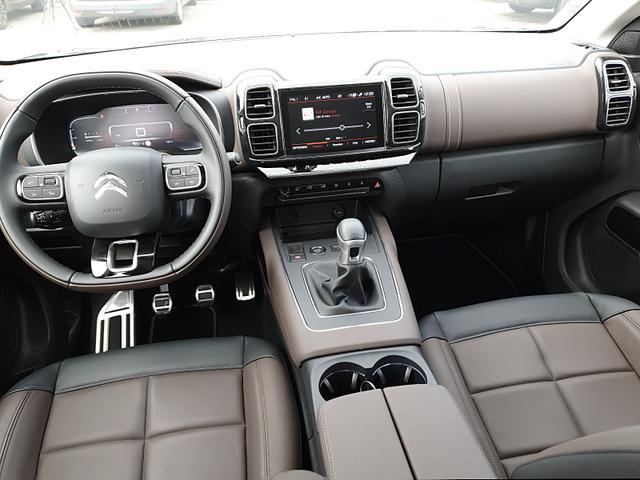 C5 1.2 130PS AirCross Shine Voll-LED Ledersit Voll-LEDER Sitzheizung elekt. Panorama Schiebedach 19-LM Massagesitze Klimaautomatik Citroen-Navi mit Bluetooth DAB+ Apple CarPlay Android Auto PDC v+h Rückf.Kamer