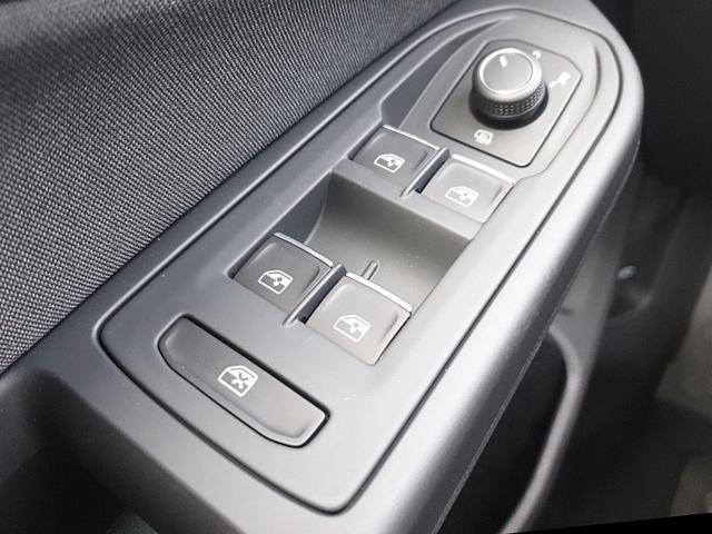 Golf 8 1.5 TSI ACT OPF 130PS Life 5-Türig LED-Scheinw. Navi Klimaautomatik Sitzheizung Lenkradheizung PDC v+h Tempomat mit ACC