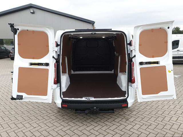 Transit Custom L2 2.0 TDCi 108PS Trend 3,0t 3 3-Sitzer Klima Rückf.Kamera Holzverkleidung (komplett) Anhängerkupplung Ganzjahresreifen PDC v+h Ford-Navi SYNC DAB+ Bluetooth 8''-Touchscreen Apple Carpla