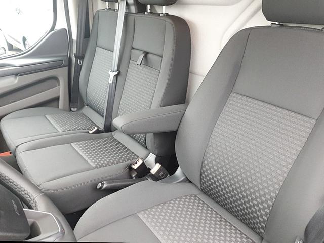 Ford Transit Custom L2 2.0 TDCi 130PS Trend 3,0t 3-Sitzer Klima Rückf.Kamera Anhängerkupplung Ganzjahresreifen Ford-Navi SYNC 3 mit Bluetooth 8''-Touchscreen Apple Carplay Android Auto PDC v+h