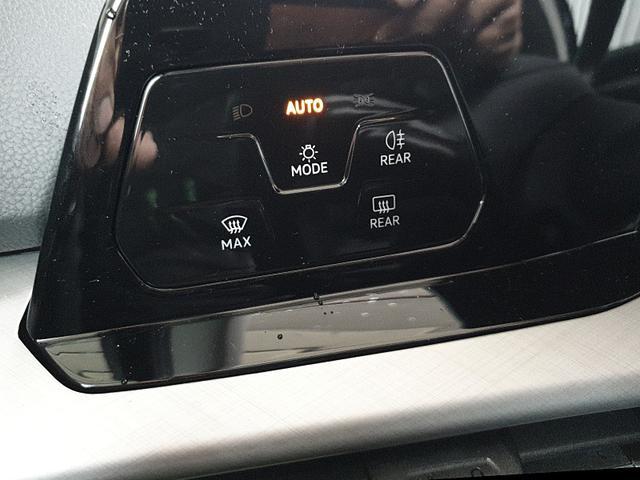 Golf 8 1.5 TSI ACT OPF 130PS Life 5-Türig Klimaautomatik Sitzheizung Lenkradheizung LED-Scheinwerfer PDC v+h Tempomat ACC