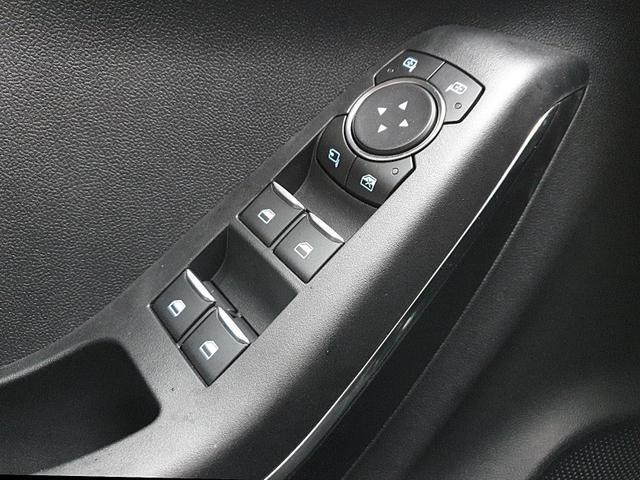 Ford (EU) Puma 1.0 EcoBoost Hybrid 125PS ST-Line Klimaautomatik Sitzheizung Lenkradheizung Ford-Navi SYNC3 DAB+ 8''-Touchscreen mit Bluetooth Apple CarPlay Android Auto B+O Sound Frontscheibe beheizb. PDC