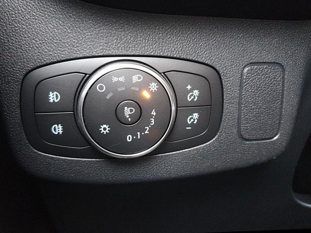 Ford (EU) Puma 1.0 EcoBoost Hybrid 125PS Titanium Klimaautomatik Winter-Paket Ford-Navi SYNC3 DAB+ 8''-Touchscreen mit Bluetooth Apple CarPlay Android Auto B+O Sound PDC Dachreling