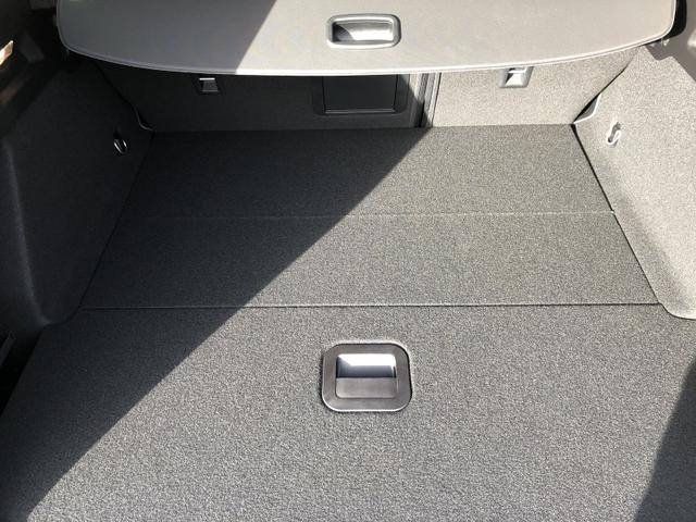 Focus Turnier 1.0 EcoBoost 125PS Titanium Voll-LED Klimaautomatik Sitzheizung Lenkradheizung Ford-Navi SYNC3 DAB+ 8''-Touchscreen mit Bluetooth Apple CarPlay Android Auto Frontscheibe beheizb. PDC v+h