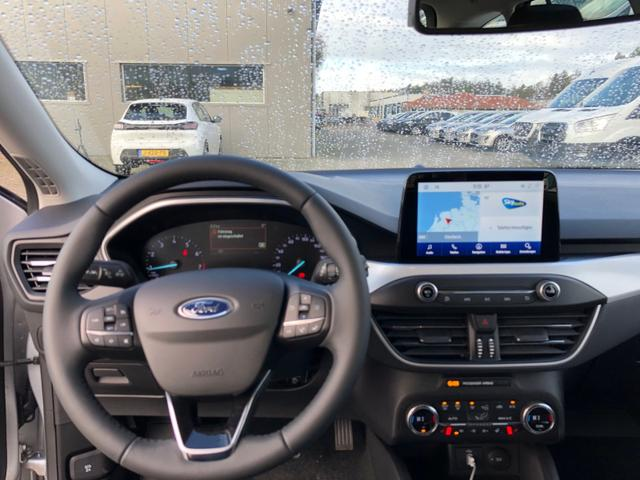 Focus Turnier 1.0 EcoBoost 125PS Cool & Connect LED-Scheinwerfer Klimaautomatik Sitzheizung Lenkradheizung Ford-Navi SYNC3 DAB+ 8''-Touchscreen mit Bluetooth Apple CarPlay Android Auto Frontscheibe beh