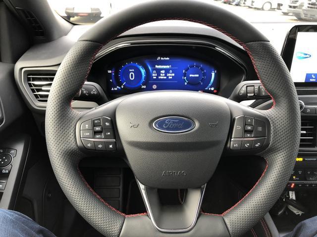 Focus 1.0 EcoBoost Hybrid 155PS ST-Line X 5-Türer Matrix-LED Winter-Paket Klimaautomatik Ford-Navi SYNC3 DAB+ 8''-Touchscreen mit Bluetooth Apple CarPlay Android Auto B+O Sound PDC v+h Rückf.Kamera Abs