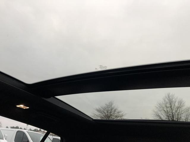 Ford (EU) Focus Turnier 1.0 EcoBoost Hybrid 125PS ST-Line Matrix-LED Winter-Paket Klimaautomatik Ford-Navi SYNC3 DAB+ 8''-Touchscreen mit Bluetooth Apple CarPlay Android Auto B+O Sound PDC v+h Rückf.Kamera Absta