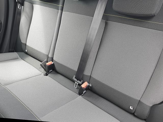C3 1.2 83PS Feel Pack AirBump Neues Modell Sitzheizung LED-Scheinw. Rückf.Kamera Klimatronic Citroen-Navi mit Bluetooth DAB+ 7''-Touchscreen Apple CarPlay Android Auto PDC 16''LM